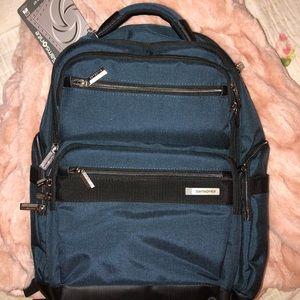 NWT Samsonite backpack DEEP BLUE